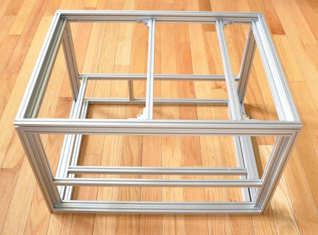 4p/SWTX case frame